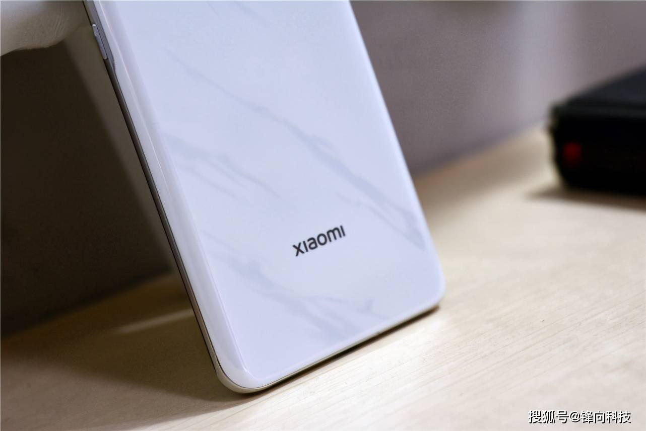 OPPO:明星代言第一子品牌第一,苹果 :iOS第一,售价第一