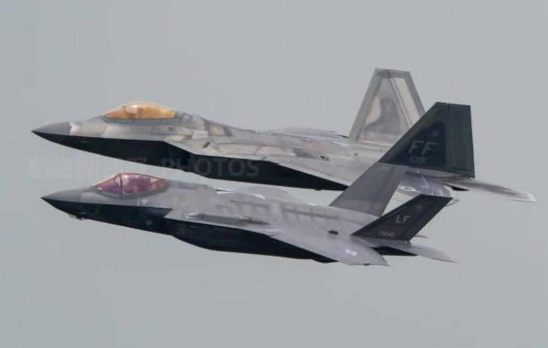 十分罕见!美国与日本两款隐身机同框登场,对外释放强烈信号?