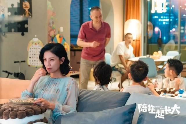全国收视第5,《陪你一起长大》能出圈,这2个角色很关键!
