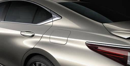 丰田一心想干掉帕萨特,新车长近5米,换标版雷克萨斯