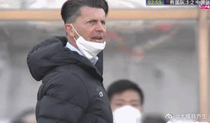 韩乔生回击韩国媒体:多么可笑 下场女足继续拿