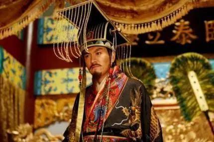 为什么中国皇帝,是一代不如一代,只有开国皇帝优秀