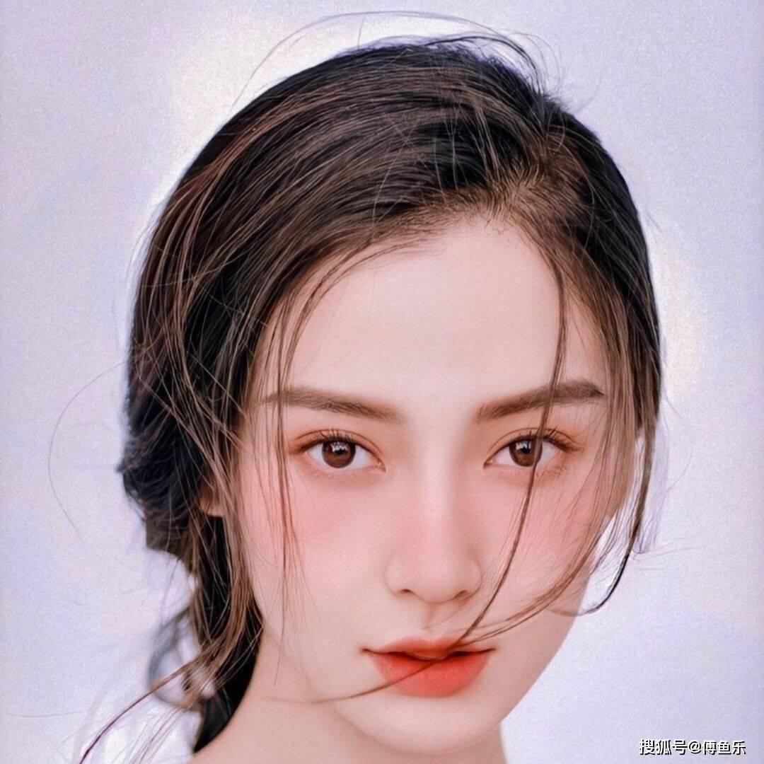 Baby资源降级?开始搭档小15岁糊爱豆,网友:黄晓明不帮帮她?