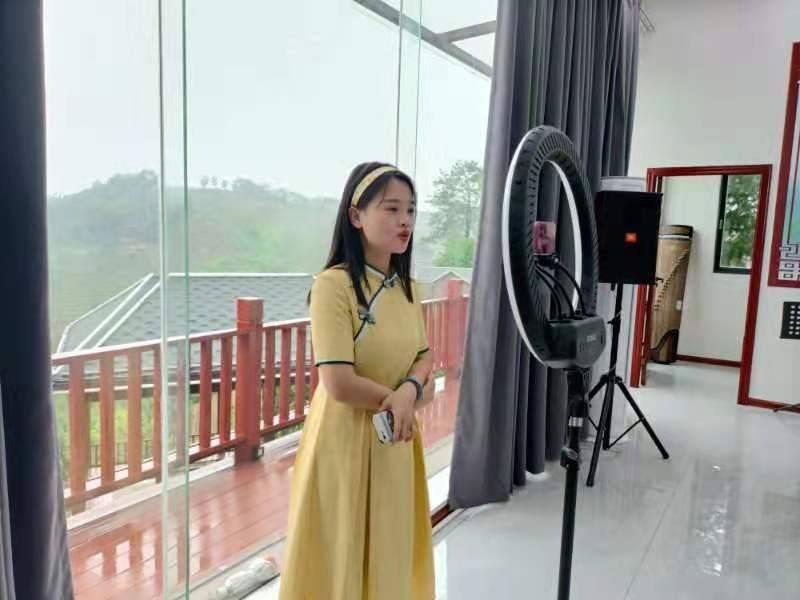 都来看看中国六堡茶核心产区六堡镇三月三都干了些什么?插图(6)