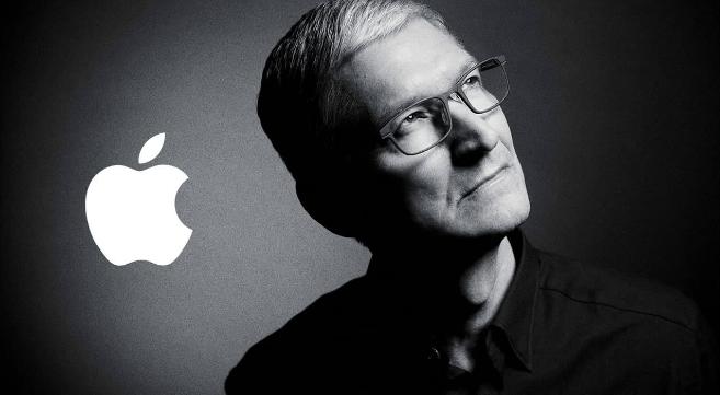 原创             从5499跌至4699,最便宜5G苹果手机正式诞生,网友:买早了!