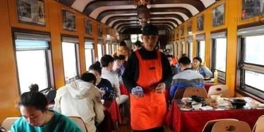 为何火车上很多乘客宁可吃泡面,也不愿意买盒饭?3点很关键