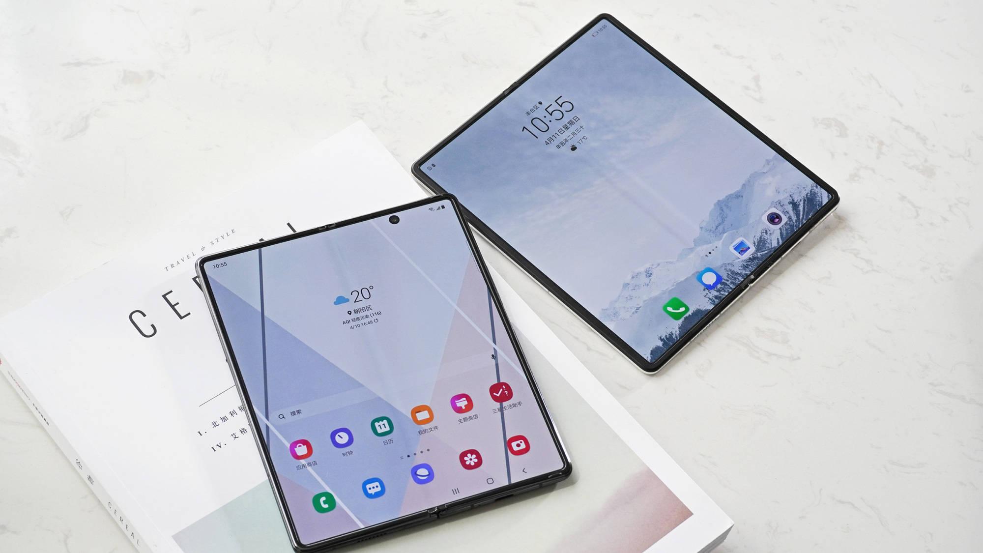 上手华为MateX2和三星Galaxy Z Fold2 5G:折叠屏的巅峰PK