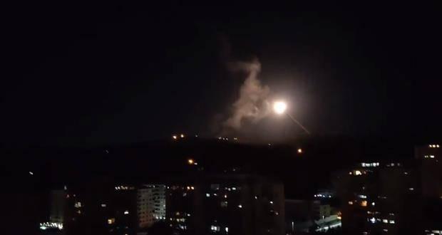 敲山震虎?美军在叙利亚发动猛烈空袭拜登展示强势手段威慑伊朗