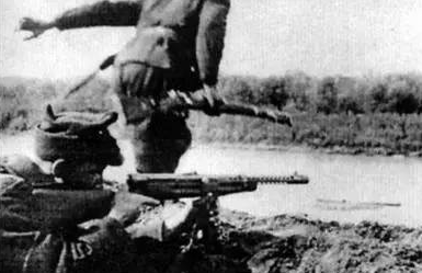 意大利人打仗不行,造枪水平一流,为什么人人都爱M1938冲锋枪
