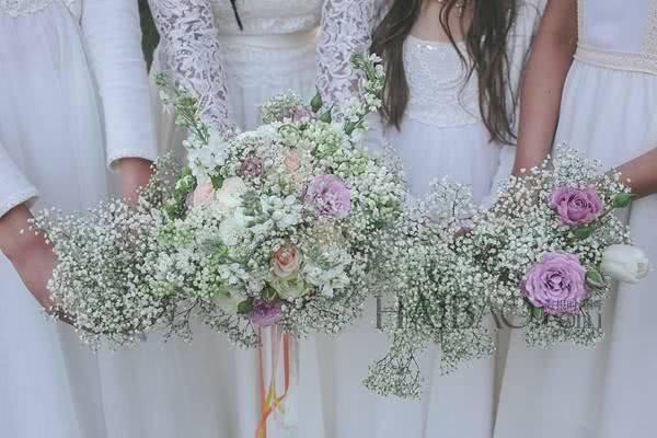 心理测试:第一眼你中意哪一束捧花?测你在婚后受了什么委屈