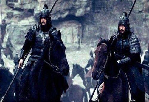 他才是三国第一猛将,吕布都不是他对手,赵云见了他都要绕道走