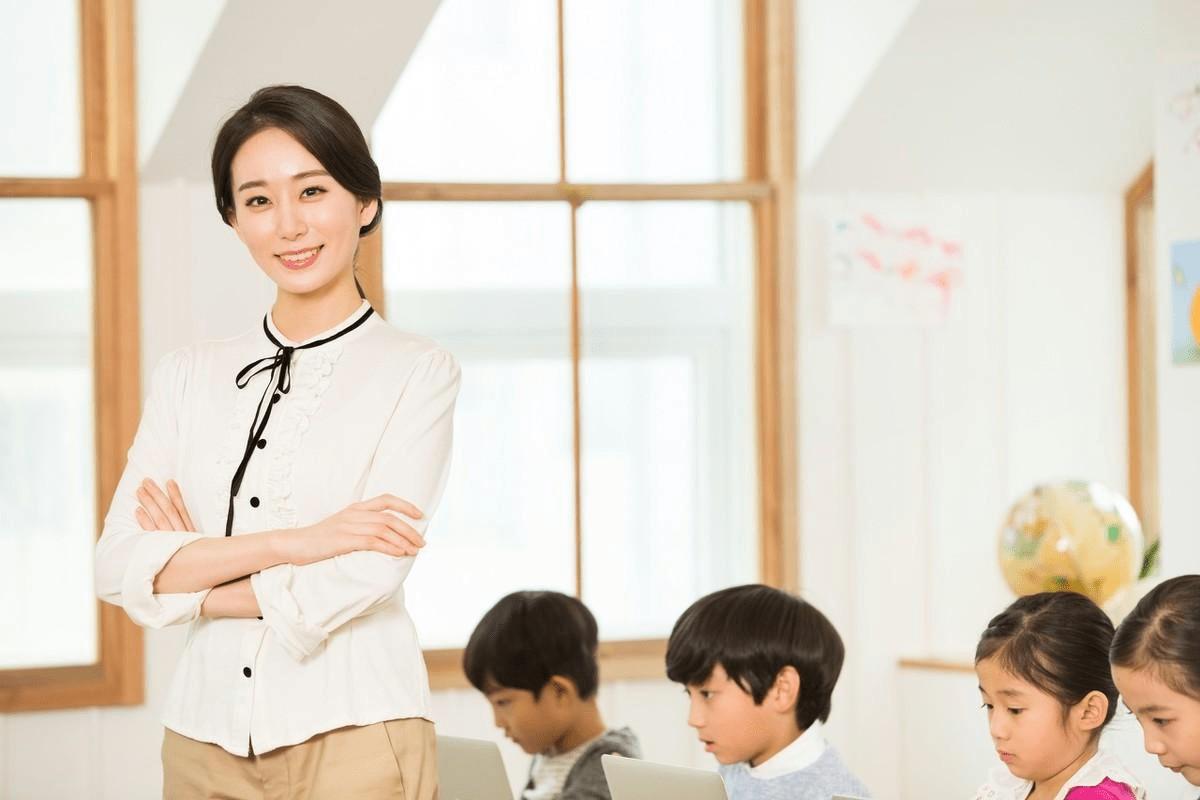 老师喜欢你的十大表现 真正关心你的老师的表现