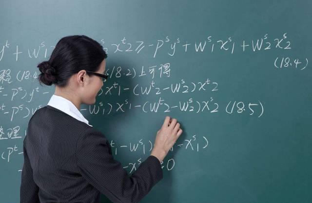 """中小学学制要调整为""""522""""?教育部回应辟谣,家长评论却一边倒"""
