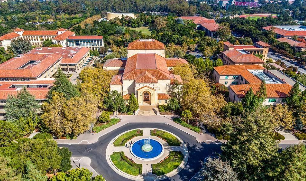 2021年世界大学排行榜出炉,你知道前三名是美国大学分别是哪三所吗?