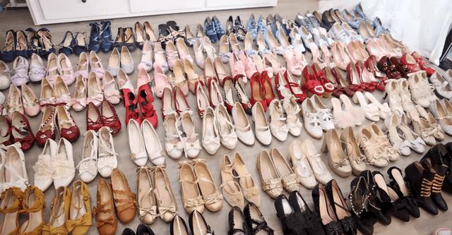 图片[4]-穷人不配玩Lolita?谢安然晒鞋柜:300双鞋花百万,最贵一双3万元-妖次元