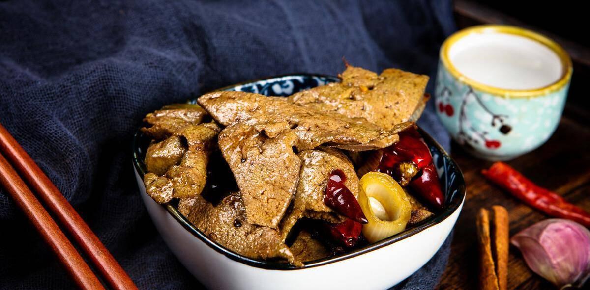 """胆固醇""""排行榜""""前十名的食物,中老年人,少吃些,身体更健康"""