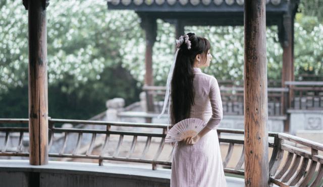 图片[9]-LO娘穿汉服充满违和感?谢安然秀出大妈拍照同款姿势,却成绝绝子-妖次元
