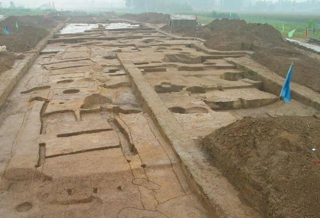 中国有一王朝存在471年,史书上有明确记载,外国人却不相信