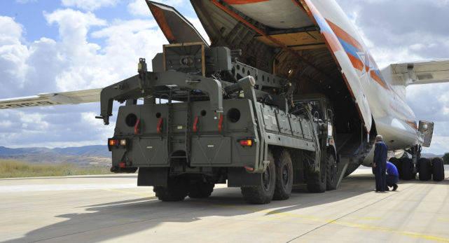 S400导弹七发一中?土耳其愤怒驱逐俄专家,俄:白宫阴谋诡计得逞
