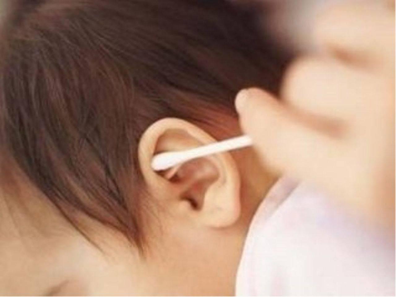 """三岁之前 宝宝身上五个部位""""越脏越健康"""" 妈妈别手痒洗太干净-家庭网"""