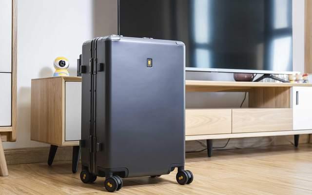 一场说走就走的旅行少不了它,地平线8号LEVEL8行李箱快速体验