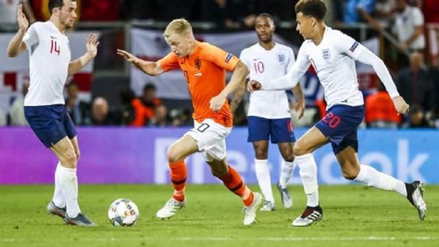 原创             荷兰国脚加盟曼联一个赛季或将离开,身价打八折,转投阿森纳