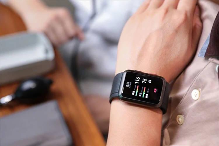 华为血压智能手表开启内部体验招募,身体健康抬手就知道