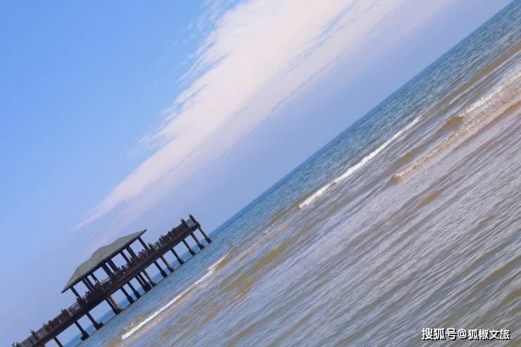 浮天滄海遠 水何澹澹 奔赴一片蔚藍