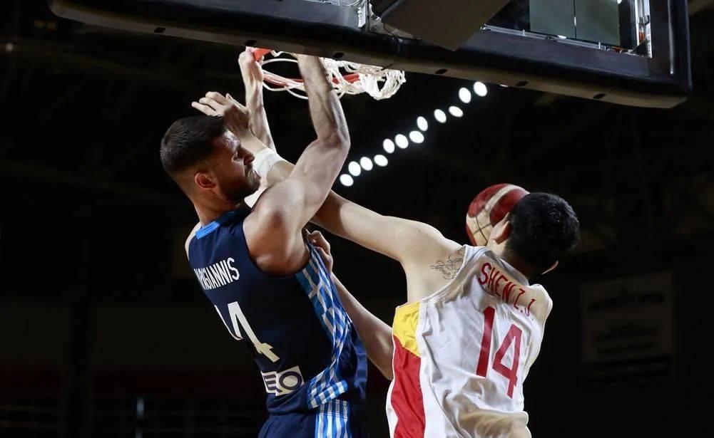 概念:中国男篮无缘奥运会 留给CBA办理者的难题