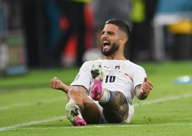因西涅攻破了欧西班牙欧洲杯大名单洲红魔壁垒 也攻破了本身的一堵墙