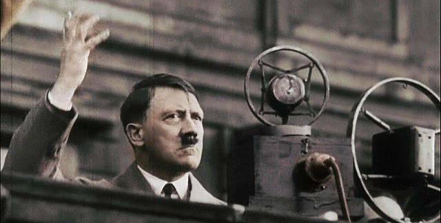 希特勒当年还剩300万雄师,为何不反攻而是自杀?原因很简单