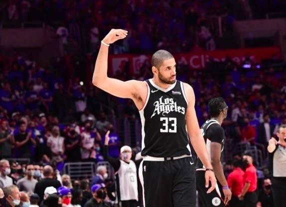 NBA-快船好消息!留下2大功臣,莱昂纳德做出决定:将与球队续约_四季娱乐平台