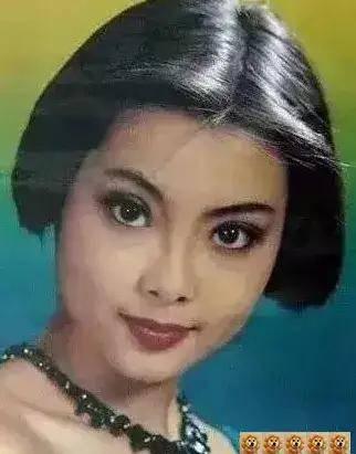 图片[32]-八九十年代的女明星挂历,复古又雷人,都是青春的记忆,好怀念啊-妖次元