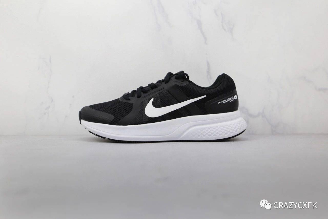 耐克透气网布NikeRunSwift2代短跑运动鞋测评