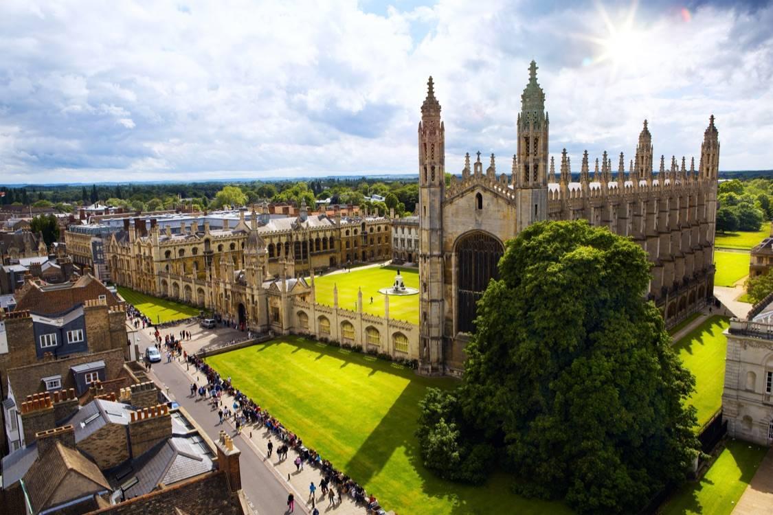 原创             重磅独家汇总2017—2021年度泰晤士报英国大学法律专业排名!剑桥5连冠!