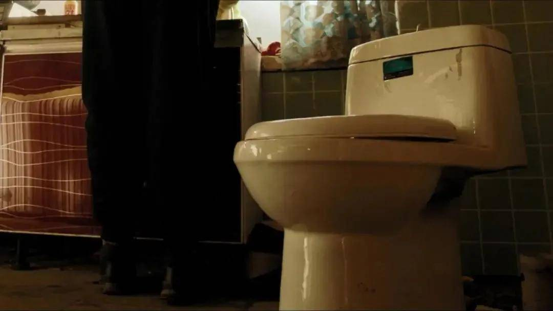 """图片[37]-北京二环内到底有没有公厕?别因为""""键盘侠""""错过这影帝影后云集的国产好剧!-妖次元"""