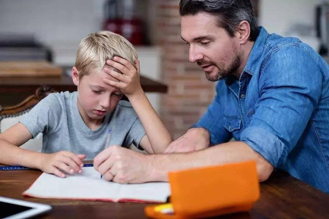 4种情况下,父母真的不适合跟孩子做朋友,不然真的反而害了孩子