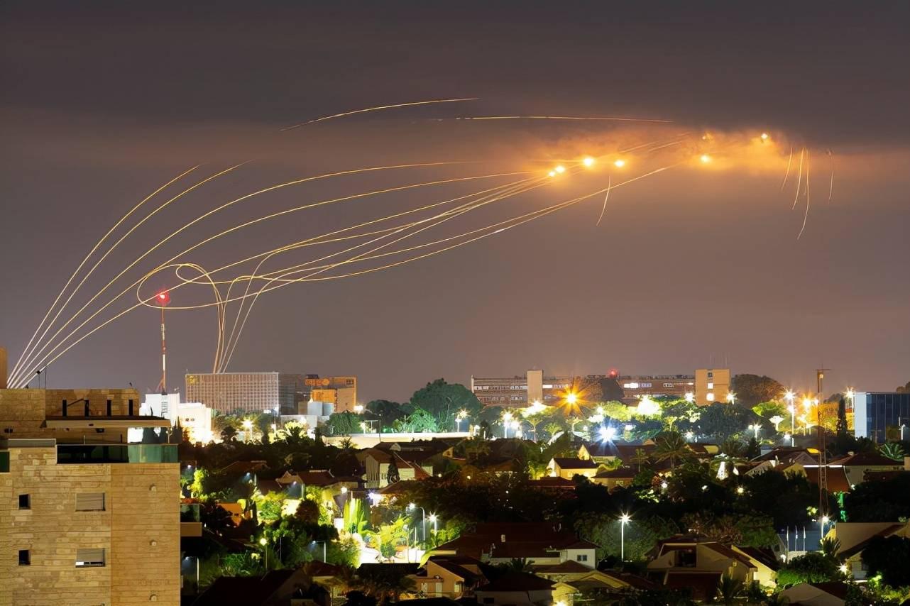 """拦截频繁,以色列""""铁穹""""导弹消耗太大,美国给10亿美元补充库存"""