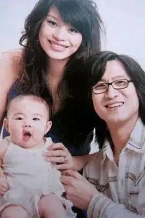 图片[2]-未婚生子的8位明星,都是有故事的人,为人父母时,最小的仅18岁-妖次元