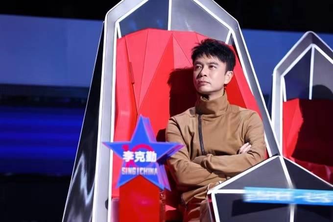 """导师决战开启!《2021中国好声音》古典与流行互融,廖昌永为学员""""量身定制"""""""