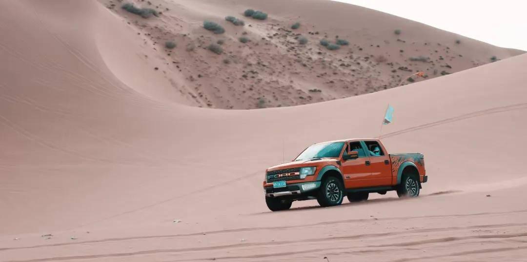 狂野沙漠--阿拉善左旗越野车穿越狂欢之旅