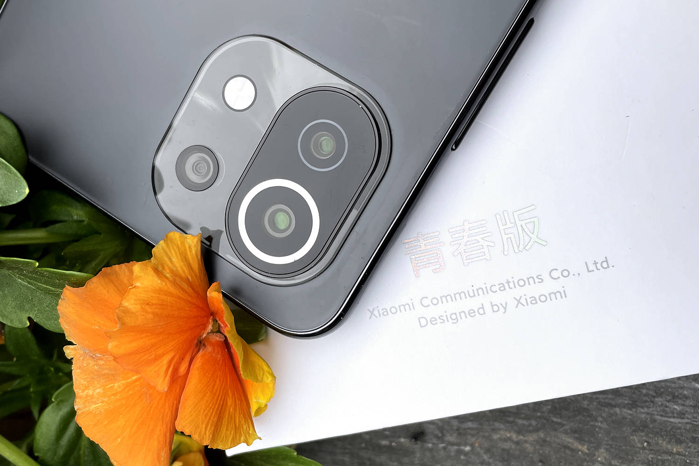 原创             E开箱:小米11青春版,可盐可甜的最轻薄5G手机