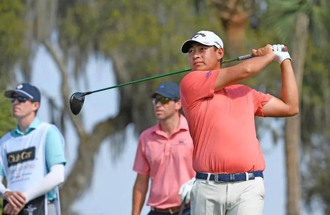高尔夫男子世界排名获得美国巡展富国银行锦标赛冠军