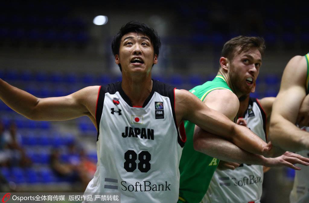 人物志:日本先锋张本天杰 生于辽宁称最想赢中国-英亚体育(图2)