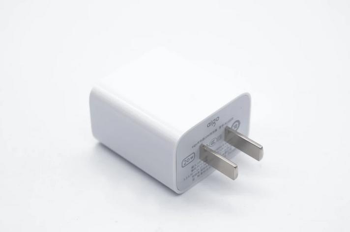 苹果12充电器哪个牌子好?618苹果12快充头推荐                                   图2