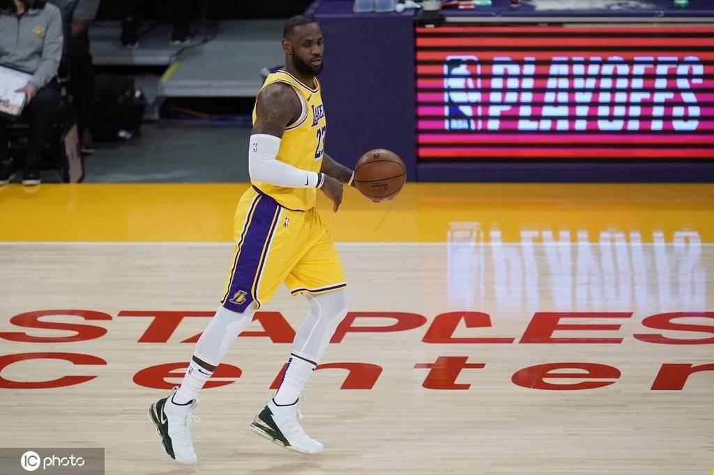 詹姆斯第17次入选年度最佳阵容 继续刷新NBA历史纪录