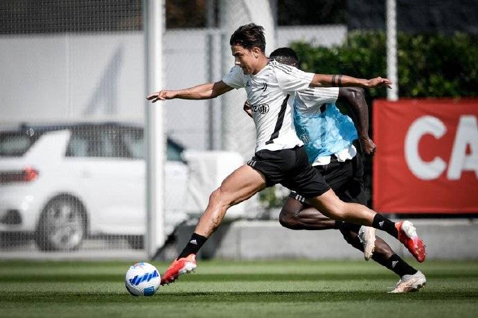 尤文官方:迪巴拉大腿肌肉疲劳 未来几天单独训练
