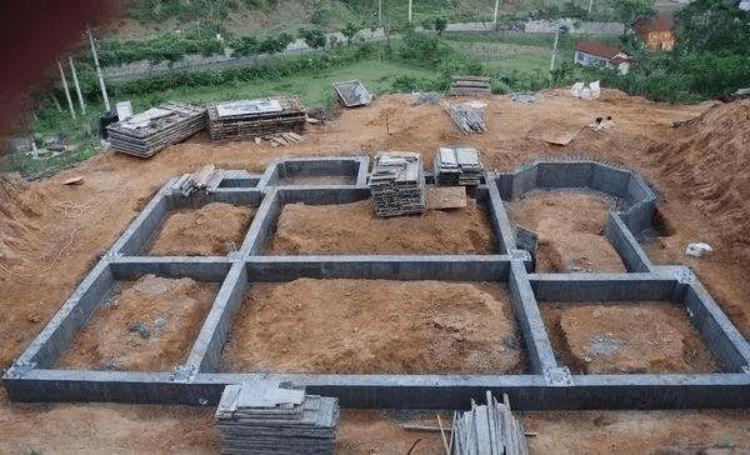 农村自建别墅该怎么建?别墅图纸该如何选择?