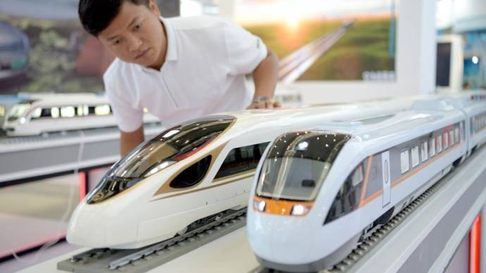 国铁集团详解中国铁路动车组发展方向:更高速度、高铁快运