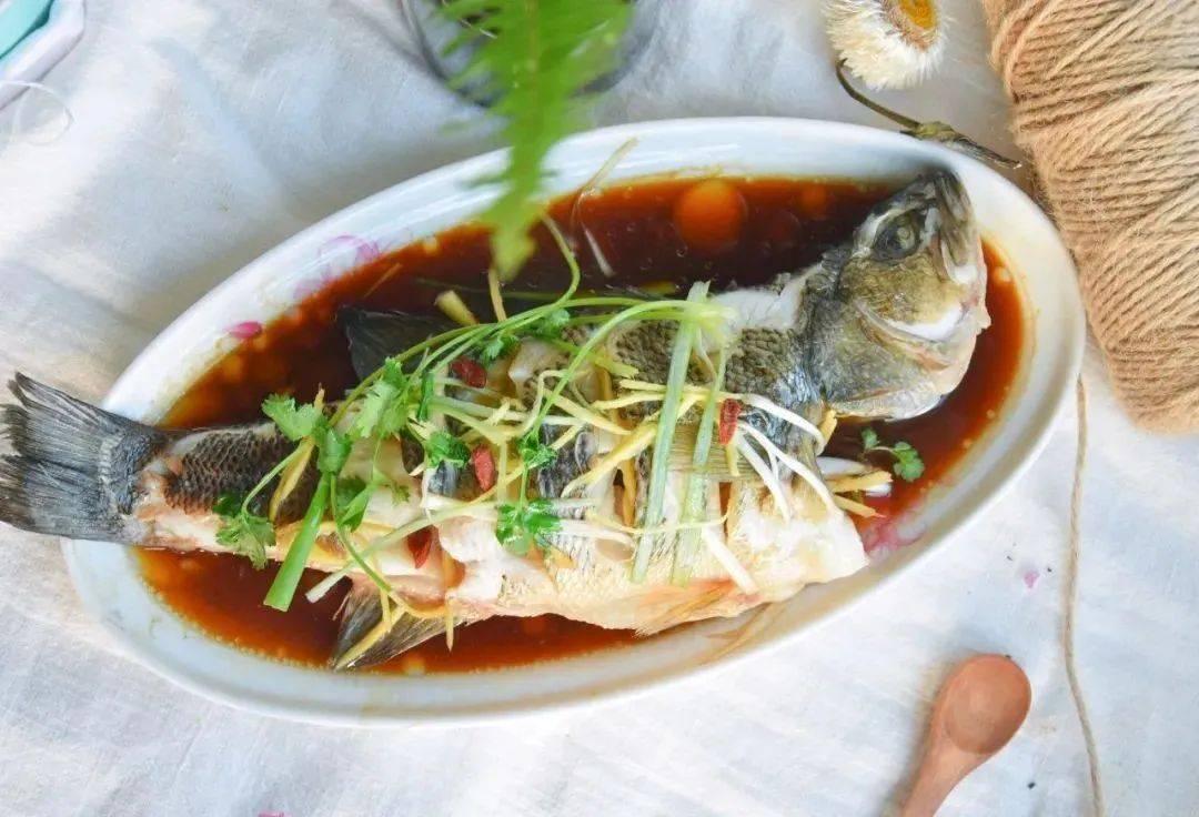 熏鱼、咸鱼...这类鱼冬天少吃!要吃就吃这6种,鲜美有营养~